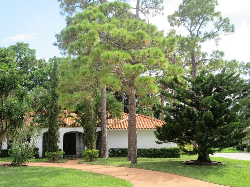 542 S Country Club, Lake Worth, FL 33462