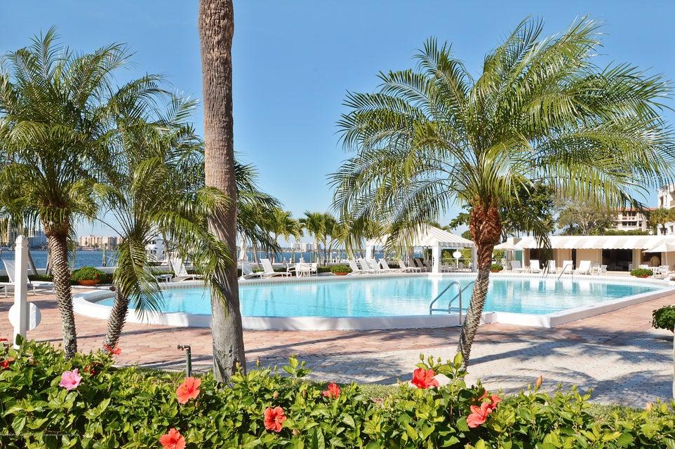 150 Bradley Place 213, Palm Beach, FL 33480