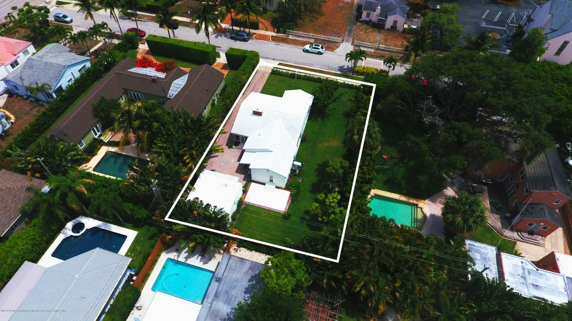 317 Granada Road, West Palm Beach, FL 33401
