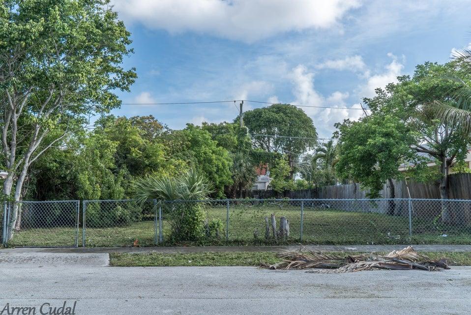 427 Wilder Street - West Palm Beach, Florida