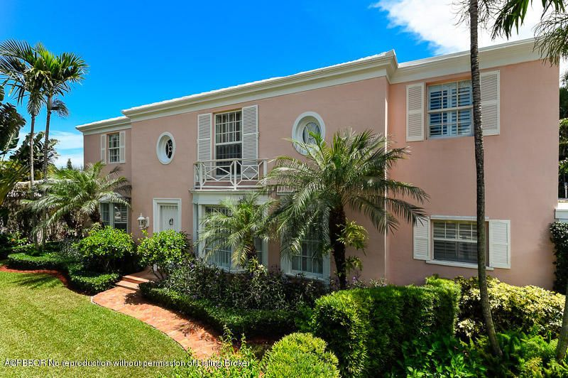 240 Queens Lane, Palm Beach, FL 33480