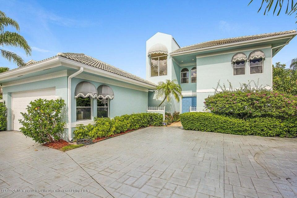 9733 Spray Drive, West Palm Beach, FL 33411