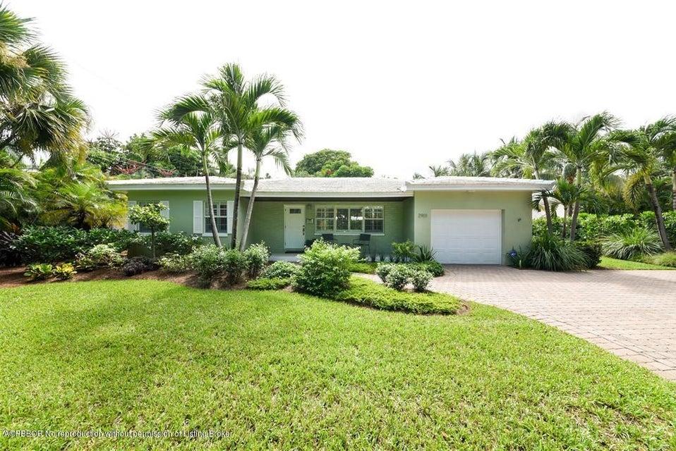 2901 S Olive Avenue, West Palm Beach, FL 33405