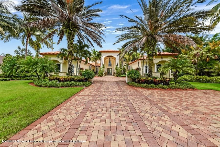7816 Steeplechase Drive - Palm Beach Gardens, Florida