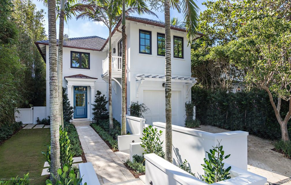 412 Brazilian Avenue - Palm Beach, Florida