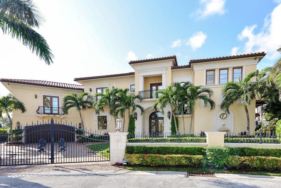 2086 N Waterway Drive - North Palm Beach, Florida