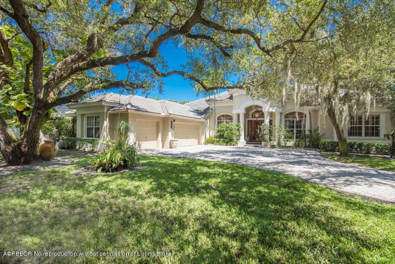 2444 Cardinal Lane - Palm Beach Gardens, Florida