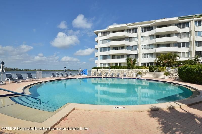 2773 S Ocean Boulevard, 5150 - Palm Beach, Florida