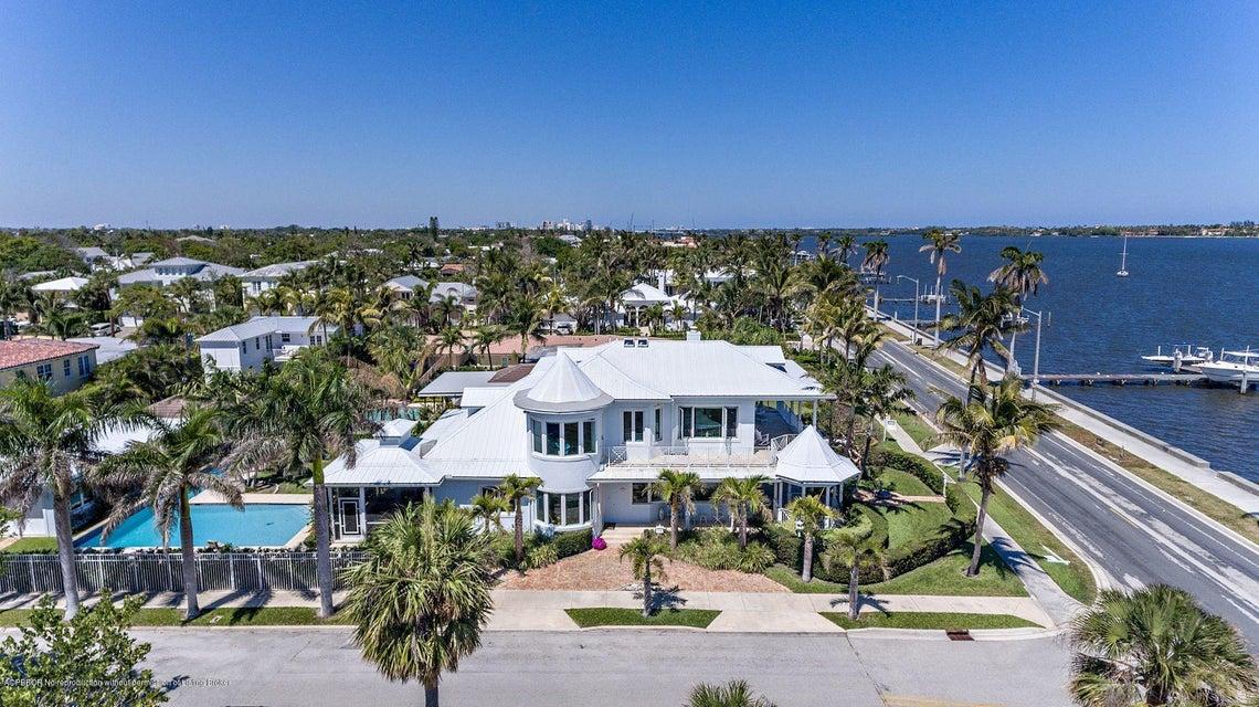 6917 S Flagler Drive - West Palm Beach, Florida