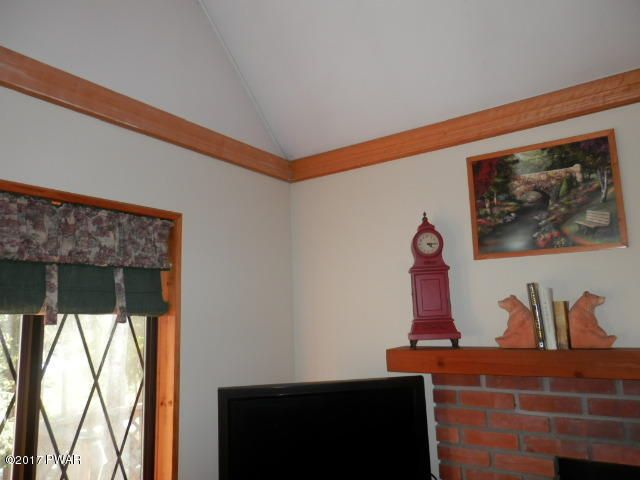 2401 Crest View Rd Lake Ariel, PA 18436 - MLS #: 17-710