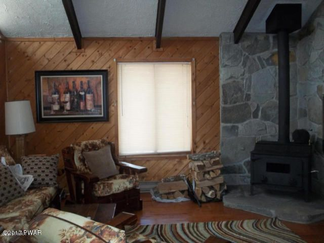 107 FETLOCK Dr Lords Valley, PA 18428 - MLS #: 17-815