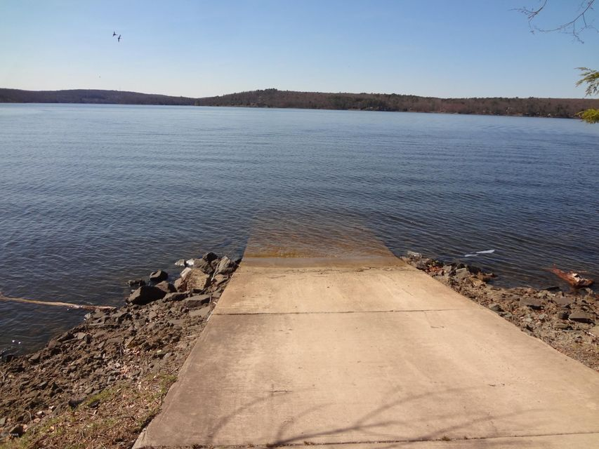 21 Calico Point Drive Paupack, PA 18451 - MLS #: 17-1383