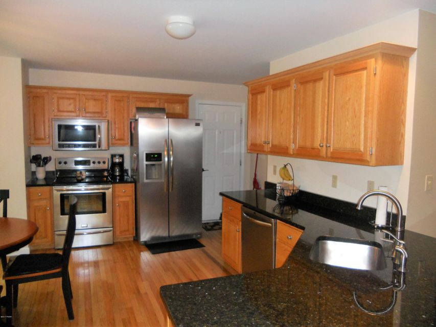 106 Eisenhower Dr Lords Valley, PA 18428 - MLS #: 17-2317