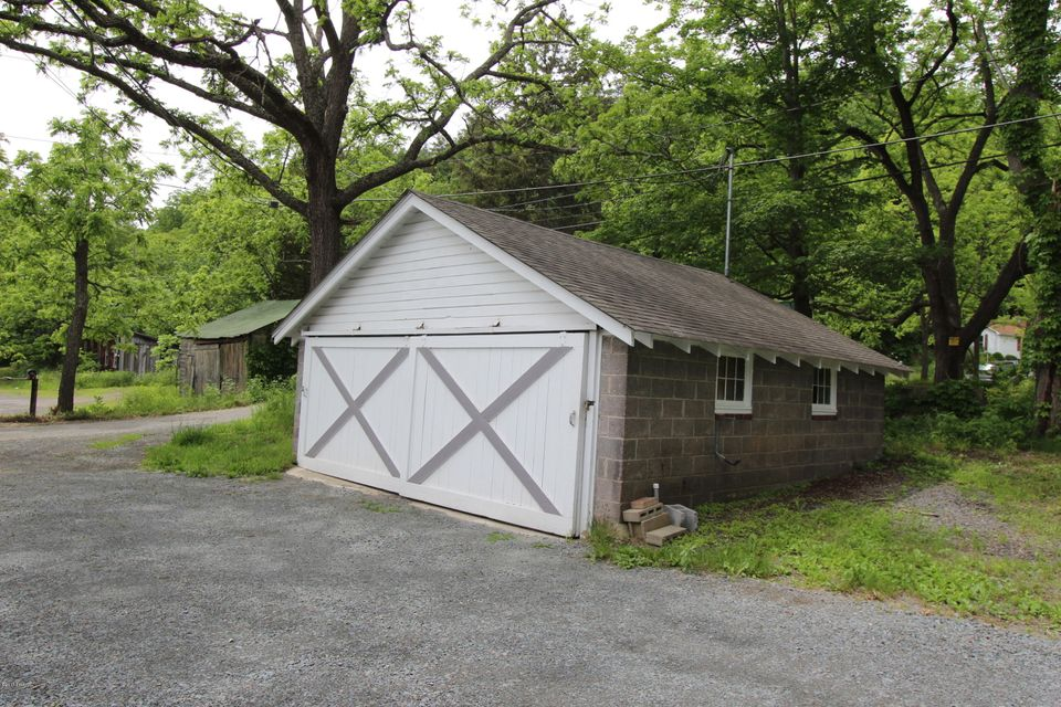 425 Rt 6 And 209 Milford, PA 18337 - MLS #: 17-2622
