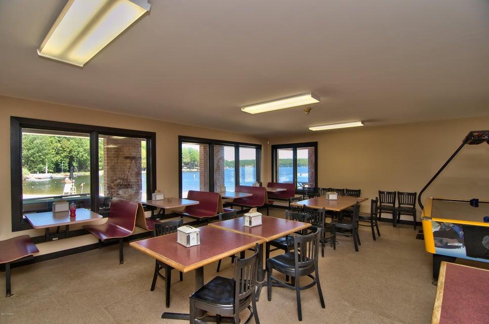 2026 Roamingwood Rd Lake Ariel, PA 18436 - MLS #: 17-151
