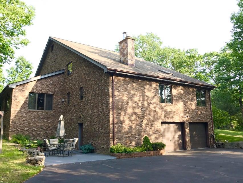 190 Oak Ridge Dr Milford, PA 18337 - MLS #: 17-1386