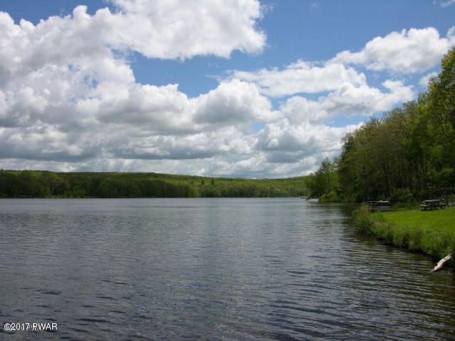 223 Mountainview Drive Lords Valley, PA 18428 - MLS #: 16-2345