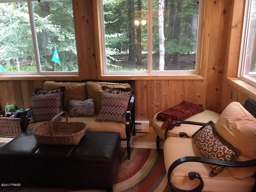 1008 Arrowhead Ct Lake Ariel, PA 18436 - MLS #: 17-4058