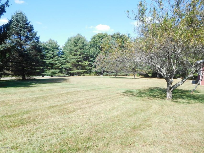 754 Milford Rd Dingmans Ferry, PA 18337 - MLS #: 17-4554