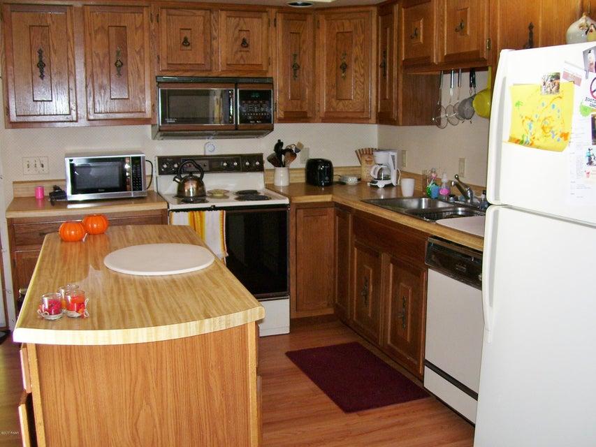 249 Gumbletown Rd Paupack, PA 18451 - MLS #: 17-4672