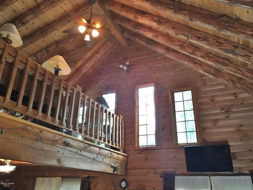 209 Brewster Rd Dingmans Ferry, PA 18328 - MLS #: 17-4551