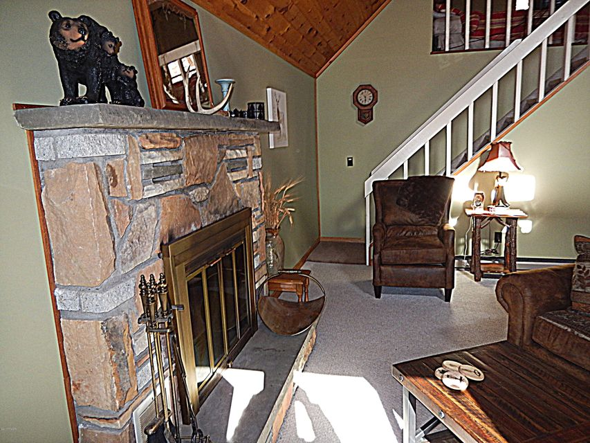 106 Terrace Dr Lakeville, PA 18438 - MLS #: 17-4886
