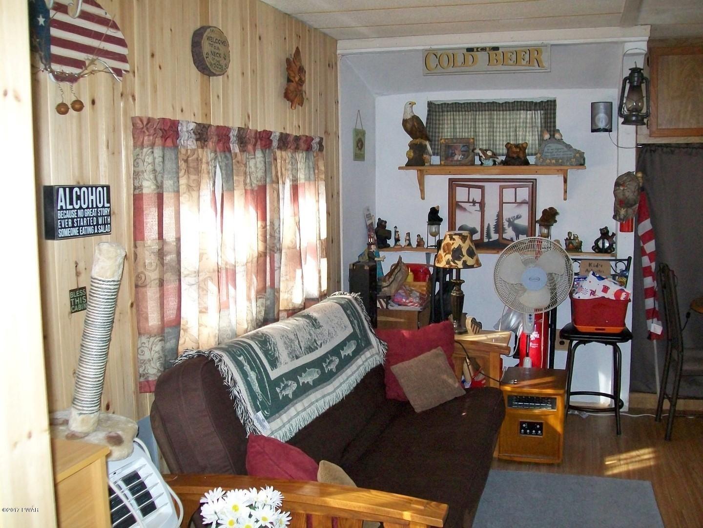 7 Cindy Ln Hawley, PA 18428 - MLS #: 17-4936