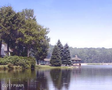 109 Lakewood Dr Canadensis, PA 18325 - MLS #: 17-4947