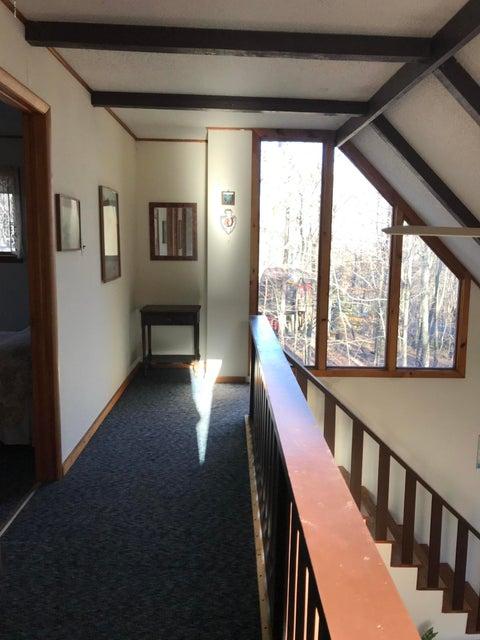 105 Hillside Ter Milford, PA 18337 - MLS #: 17-4995