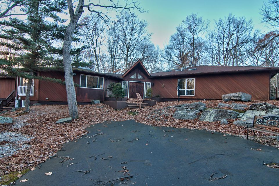 116 Broadmoor Dr Lords Valley, PA 18428 - MLS #: 17-3732