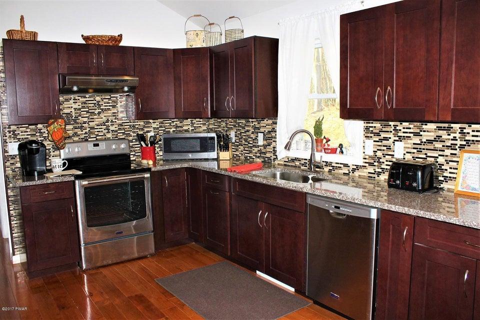 122 Fawnwood Ct Hawley, PA 18428 - MLS #: 17-5045