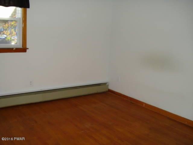 109 Avenue L Matamoras, PA 18336 - MLS #: 17-5064