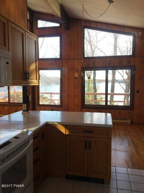 809 Widgeon Ct Lords Valley, PA 18428 - MLS #: 17-3574