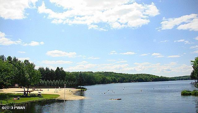 1519 Ridgeview Drive Lake Ariel, PA 18436 - MLS #: 17-5230