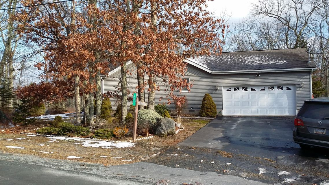 101 Pinto Ln Lords Valley, PA 18428 - MLS #: 17-5287