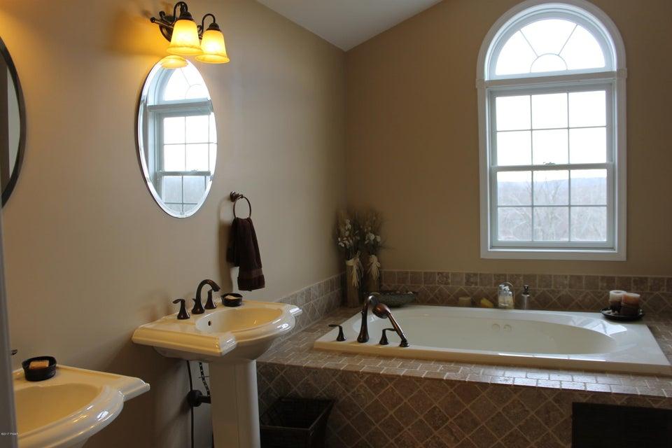 63 Mount Linn View Waymart, PA 18472 - MLS #: 17-5324