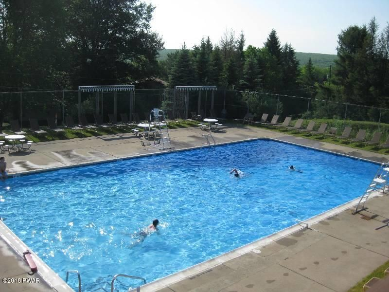 222 Country Club Dr Lords Valley, PA 18428 - MLS #: 18-49