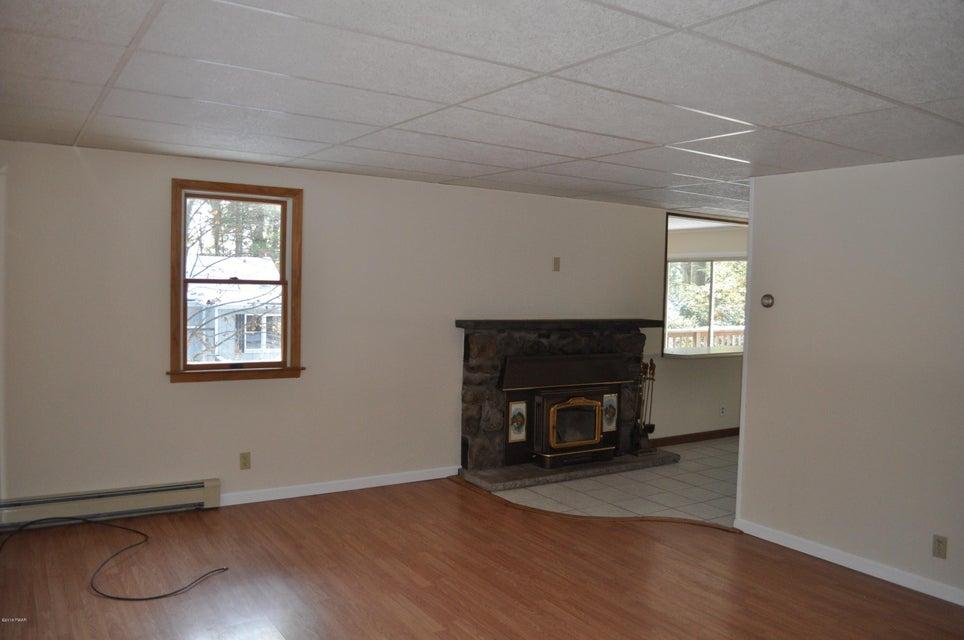102 Hemlock Rd Shohola, PA 18458 - MLS #: 18-135
