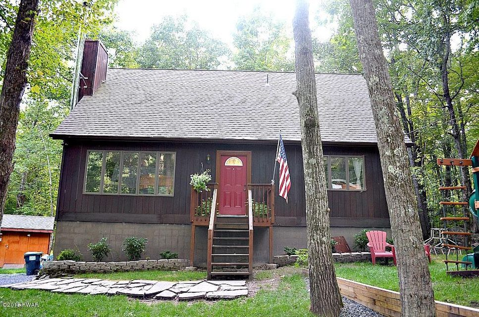 101 Valley Dr Milford, PA 18337 - MLS #: 18-136