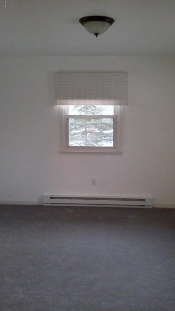 802 Mustang Ct Hawley, PA 18428 - MLS #: 18-235