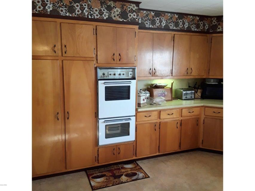 1670 Crosstown Hwy Lakewood, PA 18439 - MLS #: 18-296
