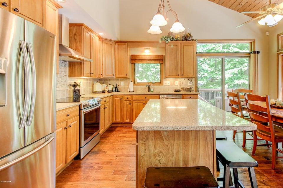 18 Cove Heights Ln Lake Ariel, PA 18436 - MLS #: 18-390