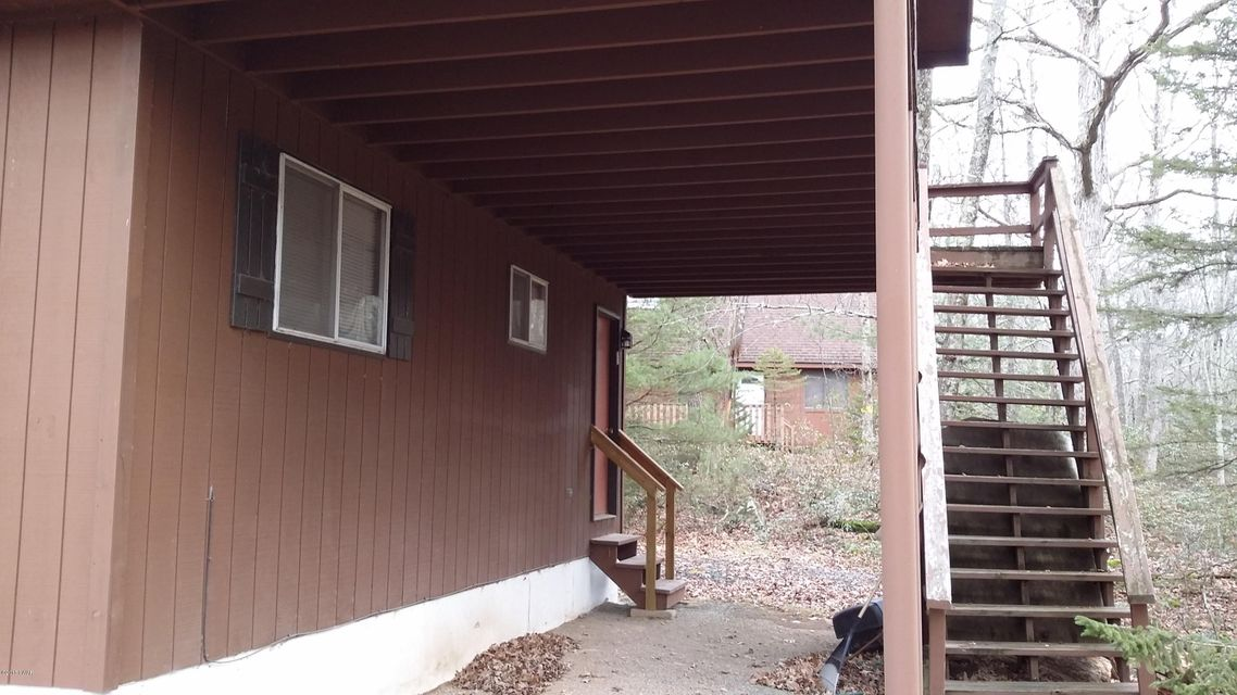802 Nugget Ct Lords Valley, PA 18428 - MLS #: 18-349