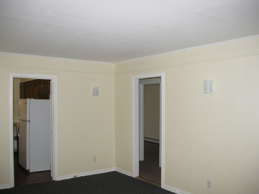 23 1st Street Apt 1 Matamoras, PA 18336 - MLS #: 18-412