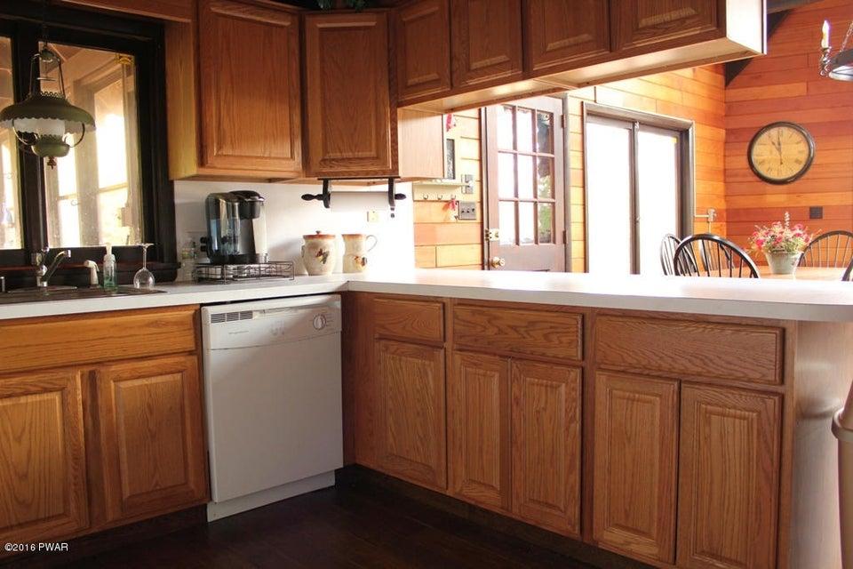 220 Laurel Ln Greentown, PA 18426 - MLS #: 18-418