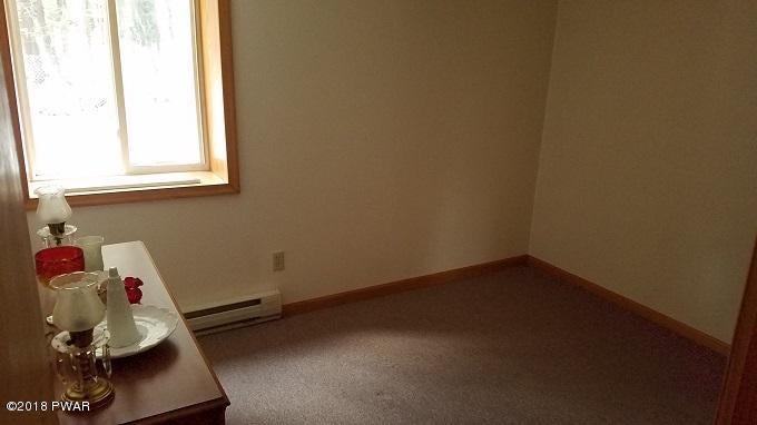 515 Carlton Rd Tobyhanna, PA 18466 - MLS #: 18-438