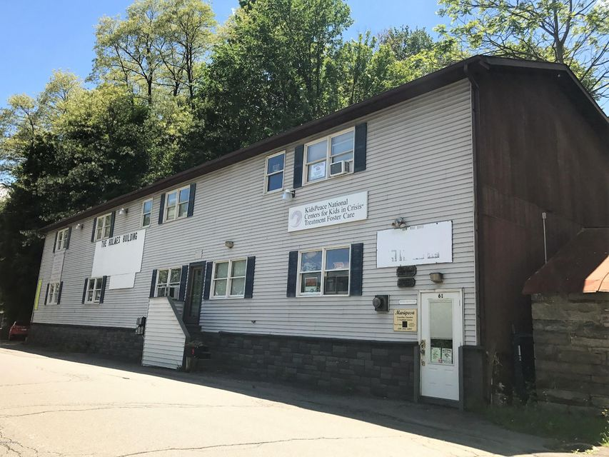 61 Commercial St Honesdale, PA 18431 - MLS #: 18-442