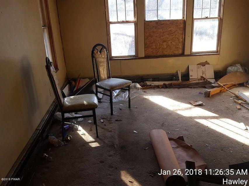 712 Texas Palmyra Hwy Hawley, PA 18428 - MLS #: 18-447