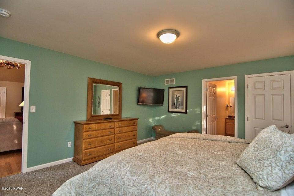 127 Robin Way Lackawaxen, PA 18435 - MLS #: 18-496