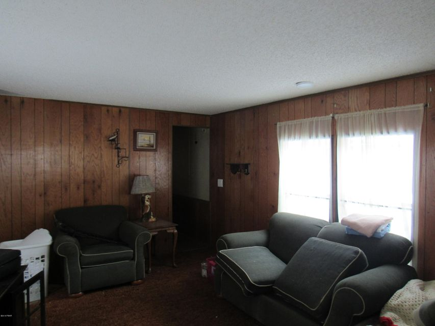 155 Forest St Greentown, PA 18426 - MLS #: 18-513